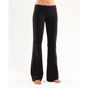 Lululemon Black Groove Yoga Pants